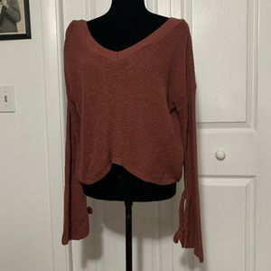 Express knot sleeve sweater size XS